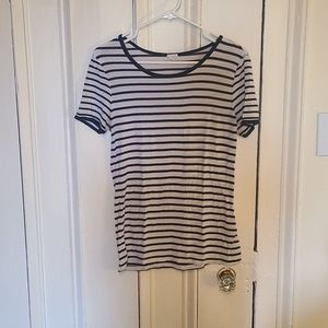 Garage size s stretchy t shirt